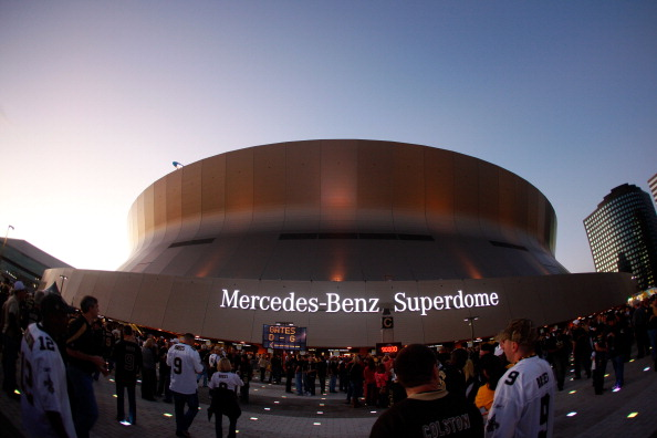 NEW ORLEANS, LA - JANUARY 07: Fans gather outside of the Mercedes-Benz Superdome during their 2012 NFC Wild Card Playoff between the New Orleans Saints and the Detroit Lions game on January 7, 2012 in New Orleans, Louisiana. (Photo by Chris Graythen/Getty Images)