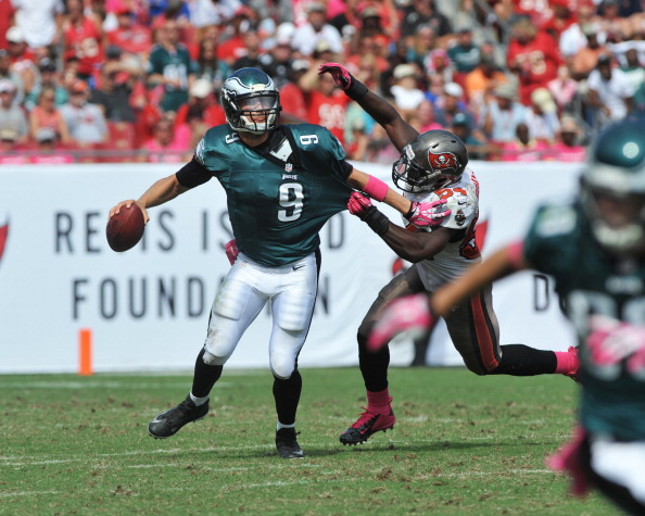 TAMPA, FL - OCTOBER 13: Quarterback Nick Foles #9 of the Philadelphia Eagles looks to pass in the 2nd half against the Tampa Bay Buccaneers October 13, 2013 at Raymond James Stadium in Tampa, Florida. The Eagles won 31 - 20. (Photo by Al Messerschmidt/Getty Images)